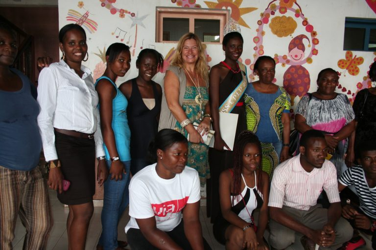 Andreia Lima, visita a Fundação da Criança em São Tomé e Príncipe